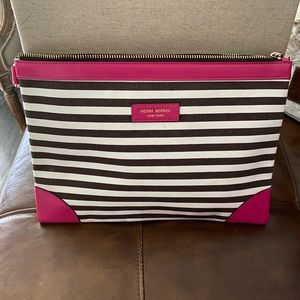 HENRI BENDEL Large Stripped Pouch NEW